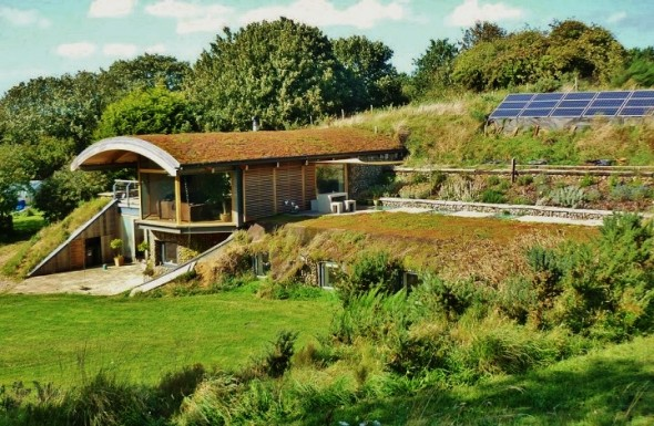 Earth Sheltered House, UK,